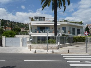location villa golfe juan