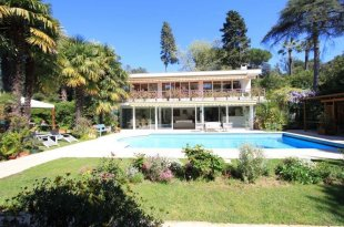 Californian villa for Rental with a 5 bedrooms - CAP D'ANTIBES Image #1