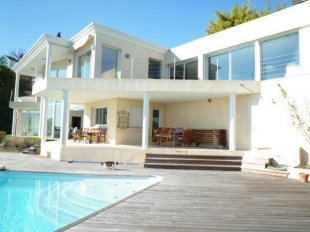 Contemporary Villa for rental 4 bedrooms with panoramic sea views : GOLFE JUAN Image #1