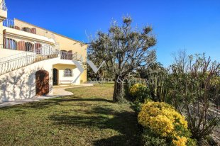 Villa for sale with a 5 bedroom - ROQUEBRUNE CAP MARTIN Image #1