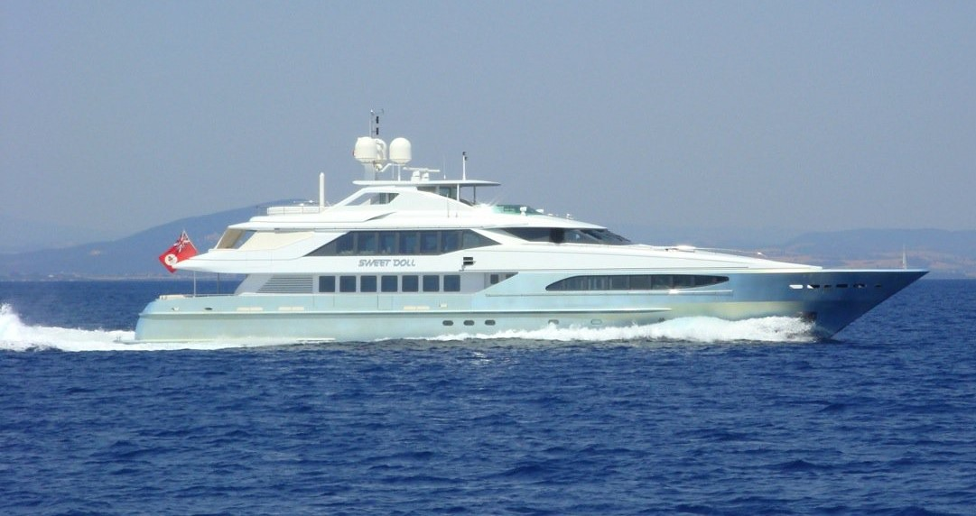 "SOLD ! – Yacht & Villa sell 46m Heesen ""Sweet Doll"""